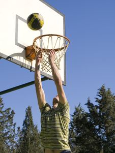 Free Ball In Basket Royalty Free Stock Images - 13692969