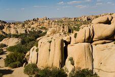 Free Scenic Rocks And Trees In Joshua Park Stock Photo - 13694360