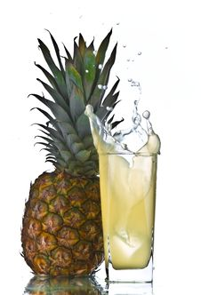 Free Pineapple Juice Splash Stock Photo - 13695490