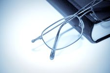 Free Book And Glasses Royalty Free Stock Photography - 13698277