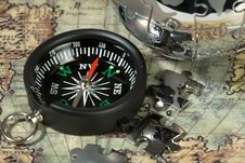 Free Compass On The Old Map Stock Images - 13699524