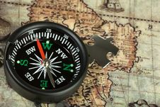 Free Compass On The Old Map Stock Photos - 13699533
