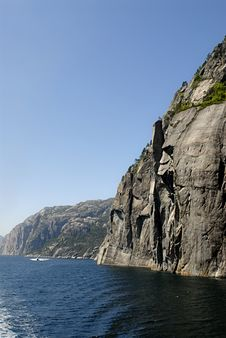 Free Lysefjord Royalty Free Stock Photo - 1371495