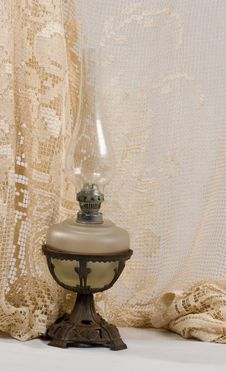 Free Kerosene Lamp Royalty Free Stock Photos - 1372228