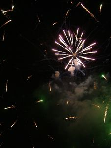 Free Fireworks Royalty Free Stock Photography - 1377707
