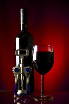 Free Wine Royalty Free Stock Photo - 13702165