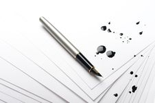 Free Pen On Paper Stock Image - 13704561
