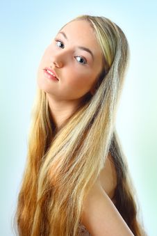 Free Young Woman Royalty Free Stock Photo - 13706565