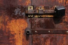 Rusty Gate With Lock Royalty Free Stock Images