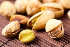Free Pistachio Nuts Royalty Free Stock Photos - 13709058