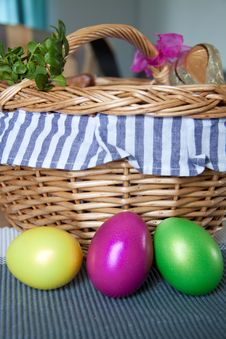 Free Easter Eggs Stock Photos - 13709713