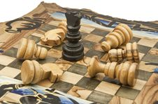 Free Chess And Chessboard Of Wood Royalty Free Stock Photo - 13710545