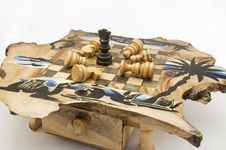 Free Chess And Chessboard Of Wood Royalty Free Stock Photo - 13710575