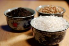 Free Grains In Chinese Cups Stock Photos - 13713003
