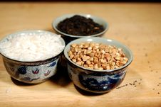 Free Grains In Chinese Cups Stock Images - 13713004