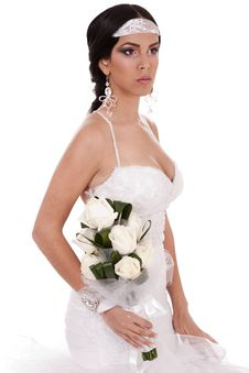 Free Young Beautiful Bride With Bouquet Of Roses Royalty Free Stock Image - 13714326