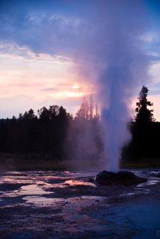 Free Great Fountain Eruption Stock Image - 13714871
