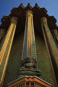 Free Sitting Buddha Stock Image - 13715951