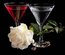 Free Rose And Two Glasses Of Cocktails Stock Images - 13718934