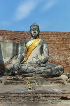 Free Buddha Statue Royalty Free Stock Images - 13719279