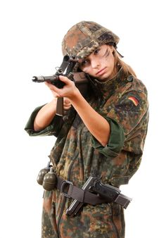 Free Military Woman Aiming Royalty Free Stock Photos - 13725248
