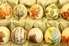 Free Painted Eggs Royalty Free Stock Photos - 13726038