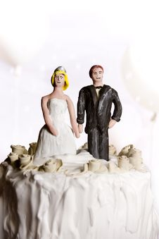 Free Wedding Cake Figurines Royalty Free Stock Photo - 13726275