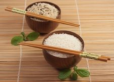 Free Two Bowls With  Rice Royalty Free Stock Photography - 13727827