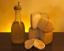Free Italian Cheese Royalty Free Stock Photo - 13729705
