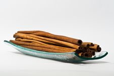 Free Cinnamon Sticks Stock Photos - 13734783