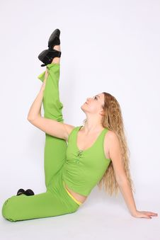 Free Young Woman Doing Stretching Exercise Stock Photography - 13735702