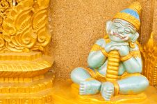 Sleepy Giant In Thai Style Molding Art Stock Photography