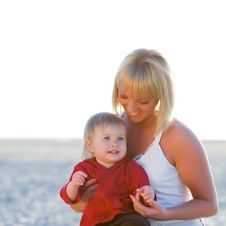 Free Mother And Daughter In Sunset Stock Photos - 13742523