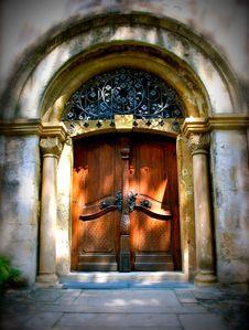Free Shadow Door Stock Photography - 13742702