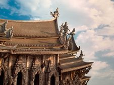 Free Wooden Temple Stock Photography - 13743272