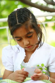 Free Little Girl Royalty Free Stock Photos - 13744268
