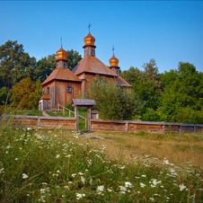 Free Ancient Wooden Church Royalty Free Stock Photos - 13745318