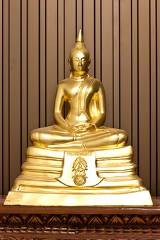 Free Golden Concentration Budha Stock Images - 13748734