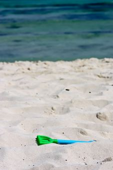 Free Toy On Beach Stock Photos - 13750423
