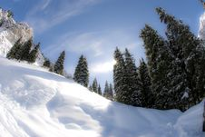 Free Smooth Sunny Winter Mountains Stock Photography - 13750942