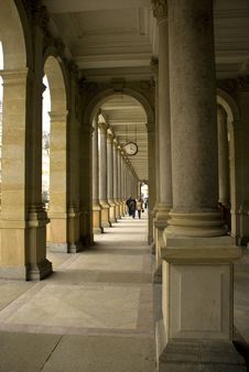 Free Colonnade Stock Photo - 13751500