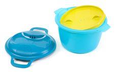 Free Blue Plastic Saucepan Royalty Free Stock Images - 13751679