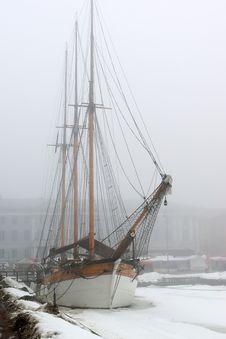 Old Sailboat In Fog Royalty Free Stock Photos