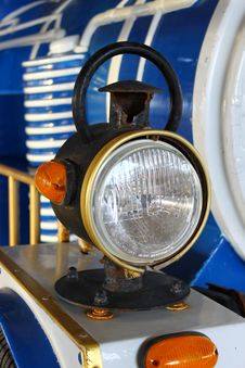 Free Rusty Headlights Royalty Free Stock Photography - 13752917