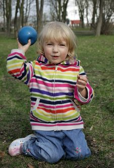 Free Little Girl Playing With Ball Royalty Free Stock Images - 13753089
