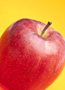 Free Apple On Yellow Royalty Free Stock Photo - 13754495