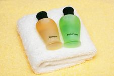 Free Spa Or Bathroom Accessories Royalty Free Stock Photography - 13757027