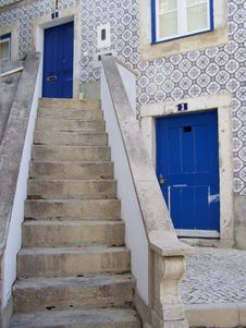 Free Lisbon S Steps Stock Photography - 13757292
