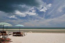 Free Hua-Hin Beach Royalty Free Stock Images - 13757629