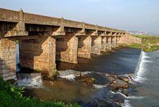 Free Stone Bridge Royalty Free Stock Image - 13757826
